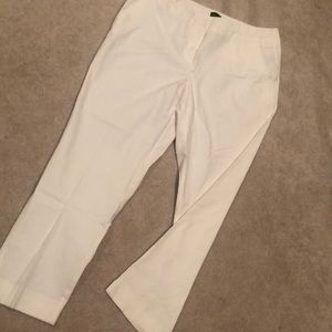 White Hamptons Pants 💁♀️